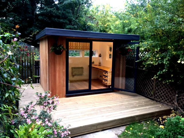 A bespoke garden office with cedar cladding in Brixton