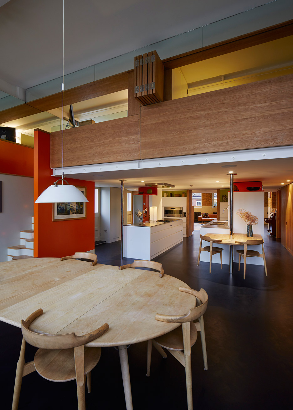 the-lycee-knox-bhavan-architects-interior-renovation-residential-london-uk-dennis-gilbert_dezeen_936_1