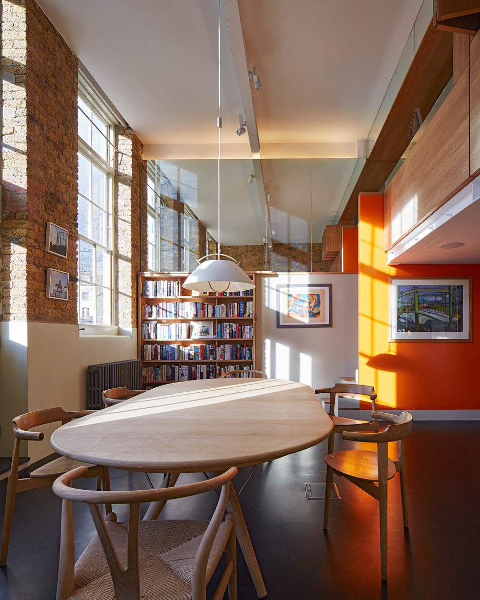 the-lycee-knox-bhavan-architects-interior-renovation-residential-london-uk-dennis-gilbert_dezeen_936_7