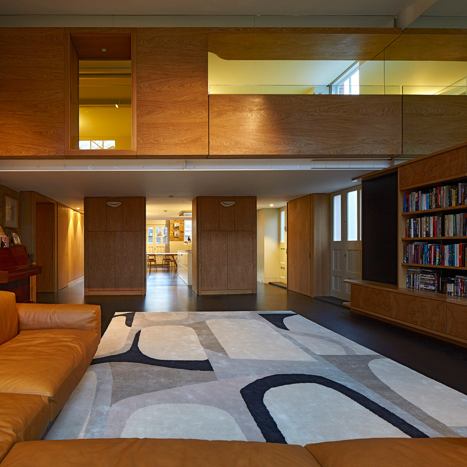 the-lycee-knox-bhavan-architects-interior-renovation-residential-london-uk-dennis-gilbert_dezeen_936_9